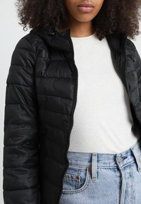 ONLY - ONLTAHOE  - Winterjacke - black - 4