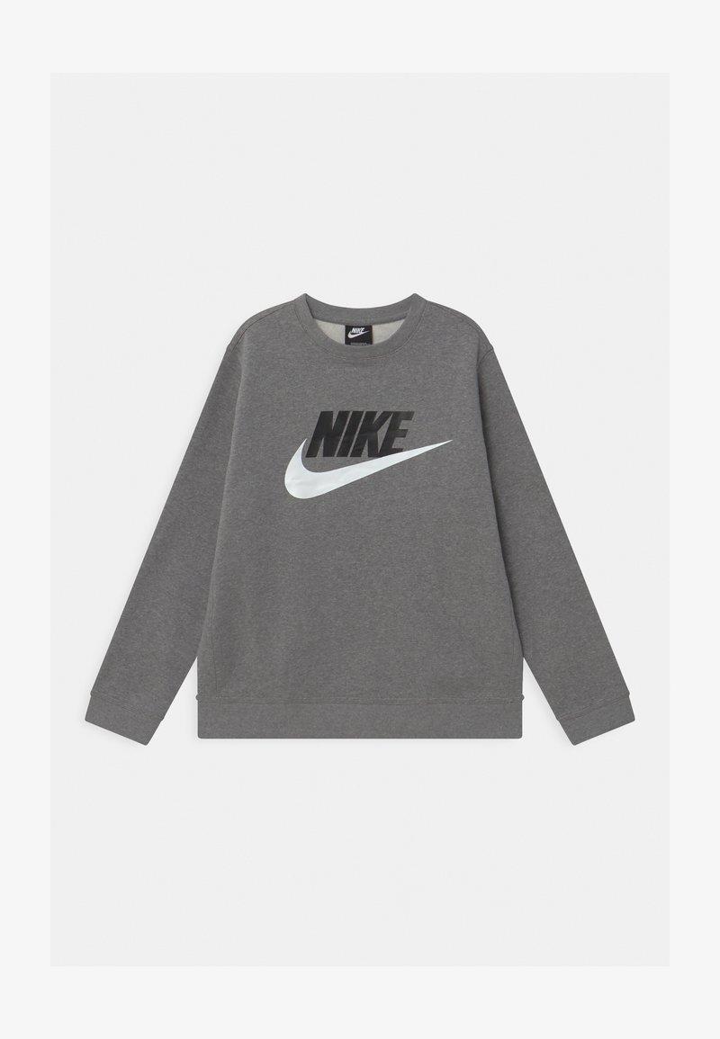 Nike Sportswear - PLUS CLUB CREW - Sweatshirt - carbon heather