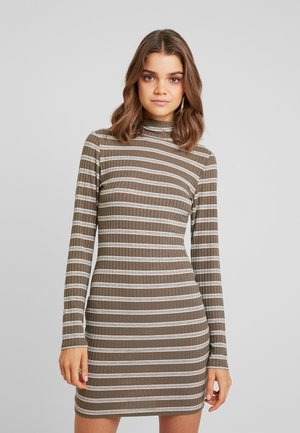 PURPOSEFUL STRIPED TURTLE NECK MINI DRESS - Pouzdrové šaty - khaki