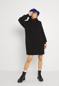 Noisy May - NMTIMMY DRESS - Strikket kjole - black - 1