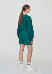 PULL&BEAR - Shorts - green - 2
