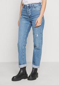 Cotton On - HIGH STRETCH - Straight leg jeans - bronte blue - 0