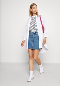 Levi's® - RIBCAGE SKIRT - Denim skirt - blue denim - 1