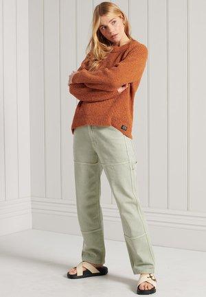 FREYA TWEED - Neule - rust tweed