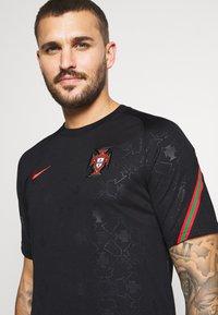 Nike Performance - PORTUGAL  - Print T-shirt - black/challenge red - 3