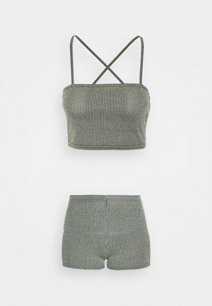 TWO TONE CROSS BACK STRAP CYCLING SET - Shorts - mint