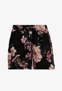 Vero Moda - VMSUNILLA TIE - Shorts - black - 3