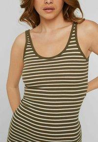 Vero Moda - Maxi dress - ivy green - 3