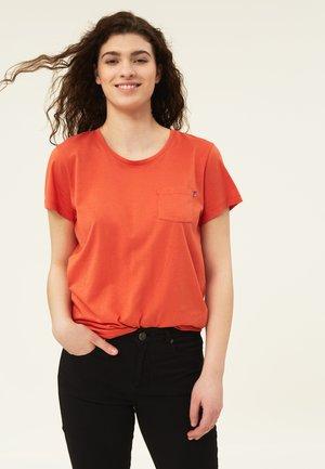 ASHLEY TEE - Basic T-shirt - orange