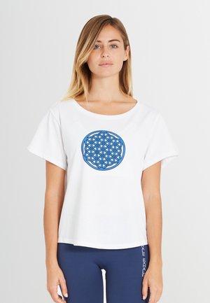 BIOMESSAGE - Print T-shirt - midnight