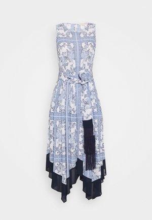 HANDKERCHIEF HEM - Day dress - light blue