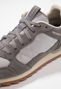 Merrell - ALPINE - Kävelykengät - charcoal/paloma - 5
