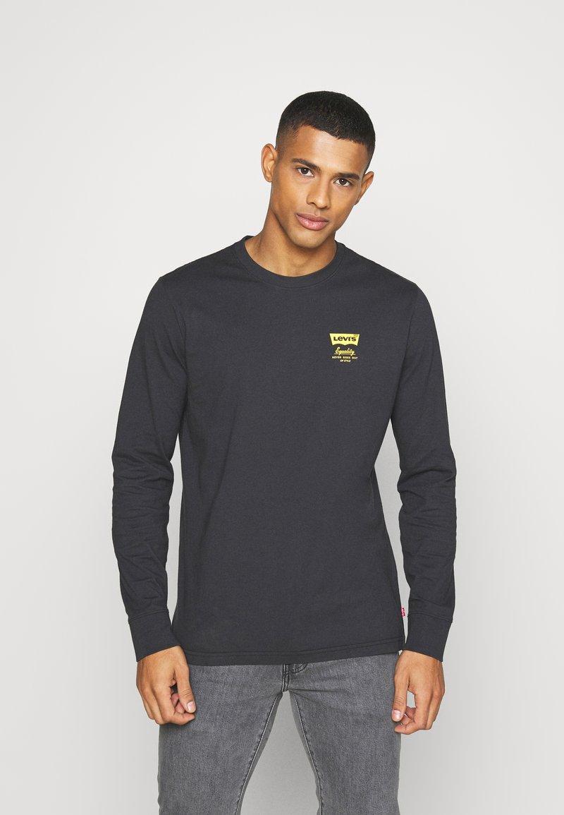 Levi's® - RELAXED FIT TEE UNISEX - Långärmad tröja - jet black