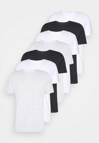 white/black/light grey