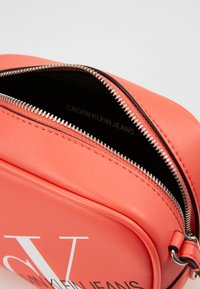 Calvin Klein Jeans - CAMERA BAG - Across body bag - orange - 3