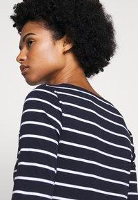 Lauren Ralph Lauren - Print T-shirt - navy/white - 5