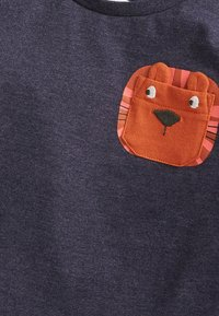 Next - LION POCKET - Print T-shirt - blue - 2