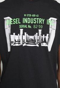 Diesel - DIEGO - T-shirt print - black - 5