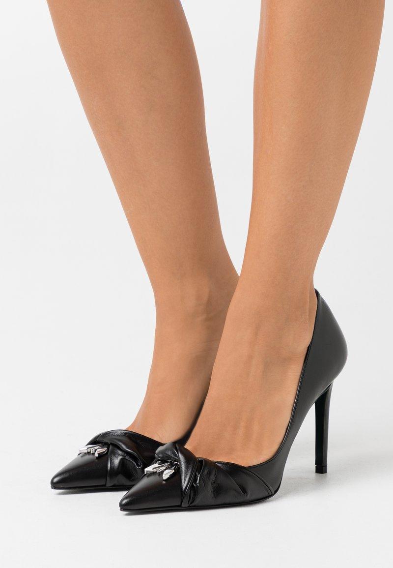 Patrizia Pepe - SCARPE SHOES - High heels - nero
