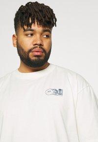 Edwin - MONDOKORO - Print T-shirt - whisper white - 3