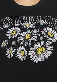 Even&Odd Curvy - T-shirts med print - black - 5