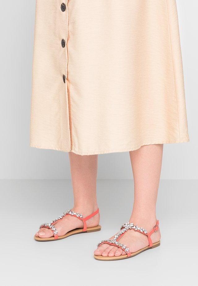 WIDE FIT WILE - Sandals - coral