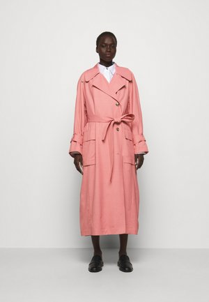 SCULPTURED FLOU - Trenchcoat - rosa/pink