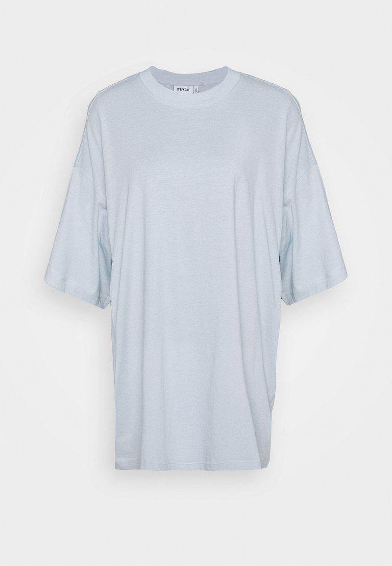 Weekday HUGE - Jerseykleid - light blue/hellblau Ar0Raw