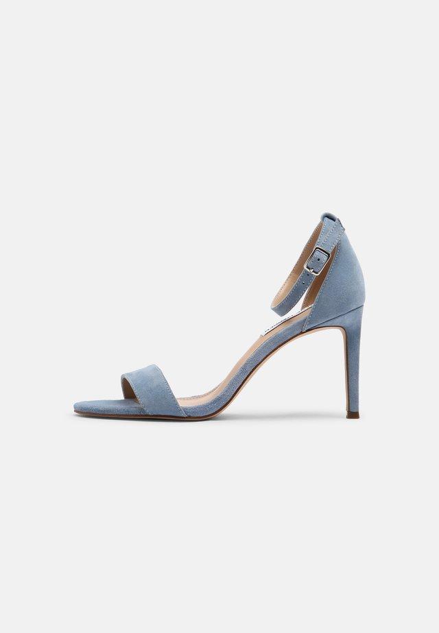 JADELLE - Sandały na obcasie - baby blue
