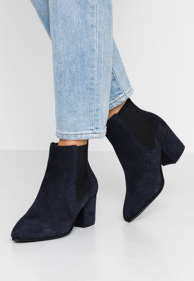WIDE FIT BIACIA CHELSEA - Ankle boots - navy blue