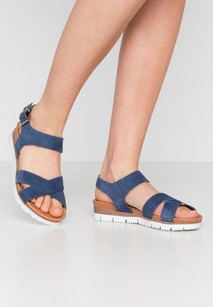 BIADEBRA SUEDE SANDAL - Sandaalit nilkkaremmillä - light blue