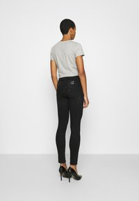 Liu Jo Jeans - RAMPY - Jeans slim fit - black denim - 2