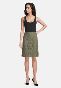 Betty Barclay - A-line skirt - dusty olive - 1