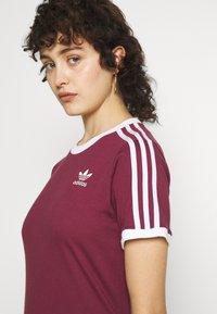 adidas Originals - TEE - T-shirt - bas - victory crimson - 6