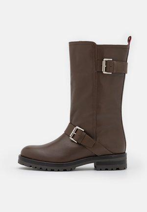 WALKER - Boots - chochlate