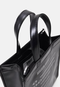 MM6 Maison Margiela - BORSA MANO - Handbag - black - 4
