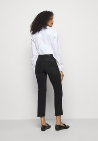7 for all mankind - THE STRAIGHT CROP SOHO - Straight leg jeans - black - 2