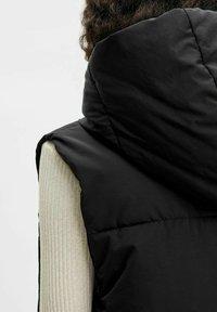 Object - OBJARIA - Waistcoat - black - 4