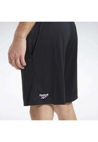 Reebok Classic - CLASSICS SOCCER SHORTS - Shorts - black - 5