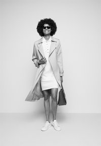 Lauren Ralph Lauren - ATHLEISURE - Pouzdrové šaty - white - 4