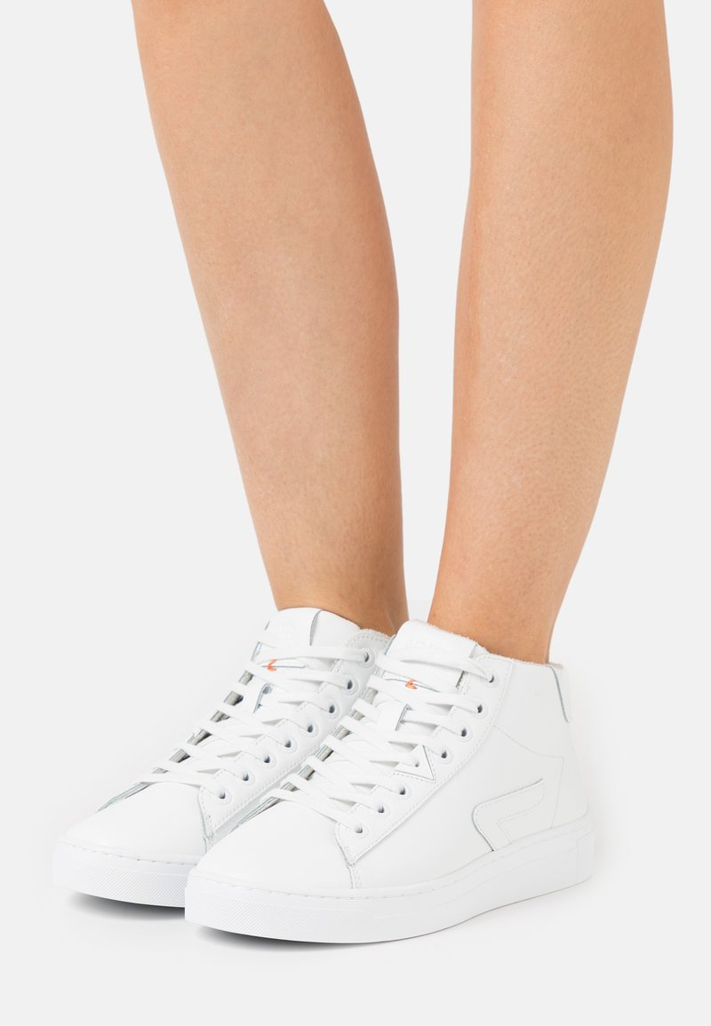 HUB - HOOK-Z MID - High-top trainers - white