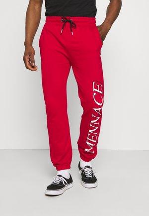 COURTSIDE JOGGER - Pantaloni sportivi - red