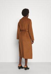 Trussardi - COAT PANNO APRIBILE - Classic coat - thrush - 2