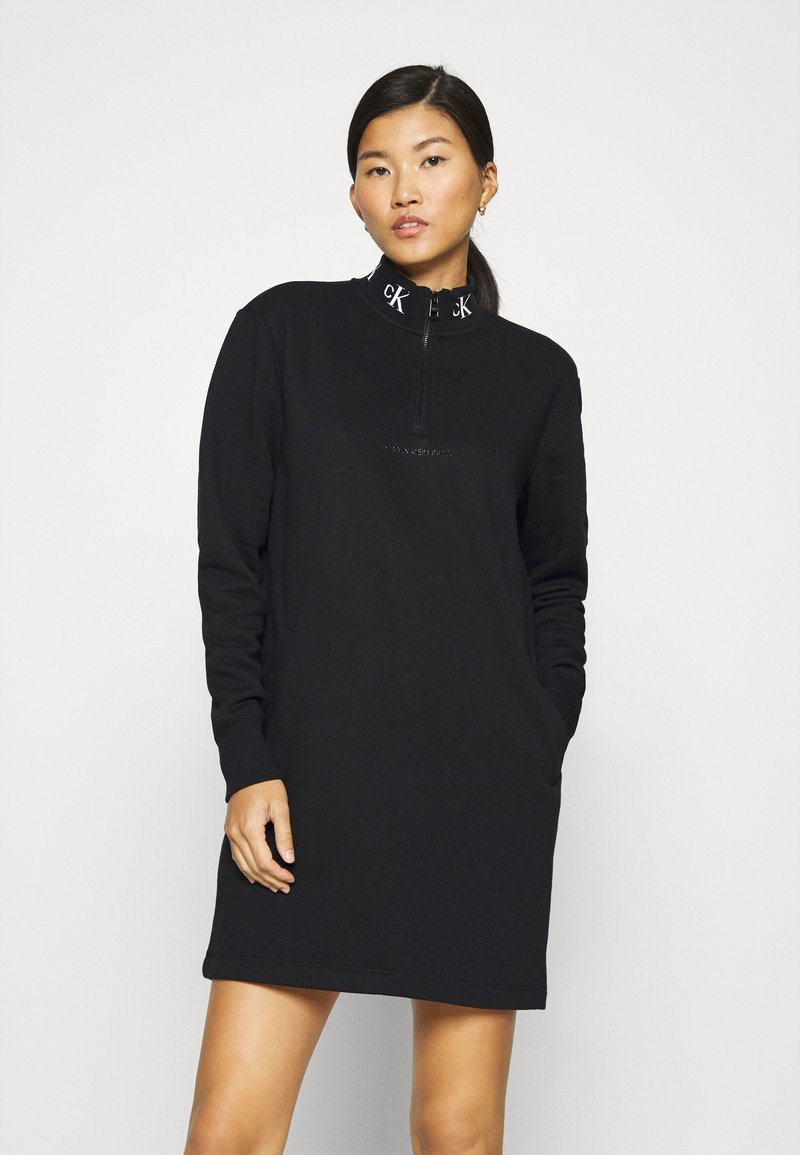 Calvin Klein Jeans - LOGO TRIM MOCK NECK ZIP DRESS - Day dress - black