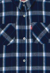 Levi's® - BUTTON UP - Shirt - dark blue - 3