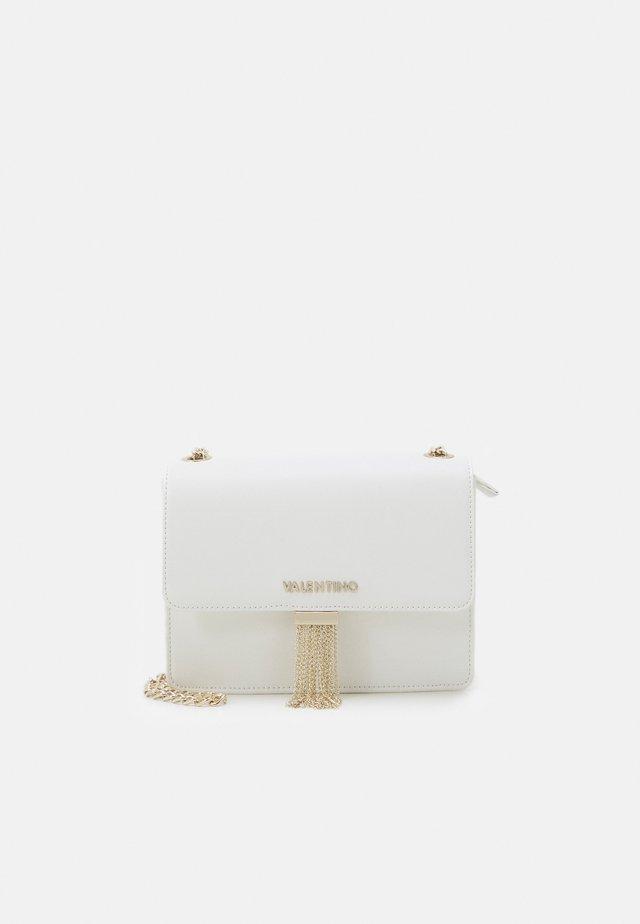 PICCADILLY - Across body bag - bianco