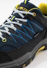 CMP - KIDS RIGEL LOW SHOE WP UNISEX - Hiking shoes - river - 2