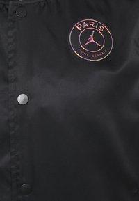 Nike Performance - JORDAN PARIS ST GERMAIN COACHES - Club wear - black/psychic purple - 4