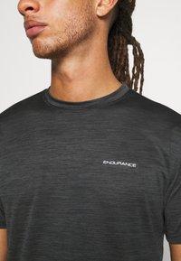 Endurance - BATANGAS  MELANGE TEE - Basic T-shirt - black - 5
