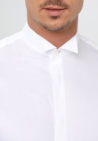 Selected Homme - SHXONETUX SLIM FIT - Shirt - bright white - 3